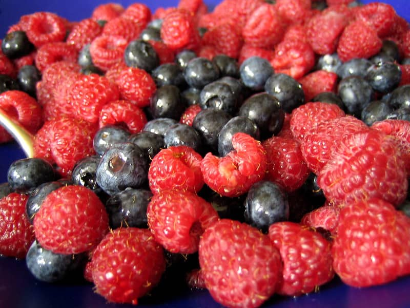 Berries: Top kickboxing food to eat in the morning before kickboxing