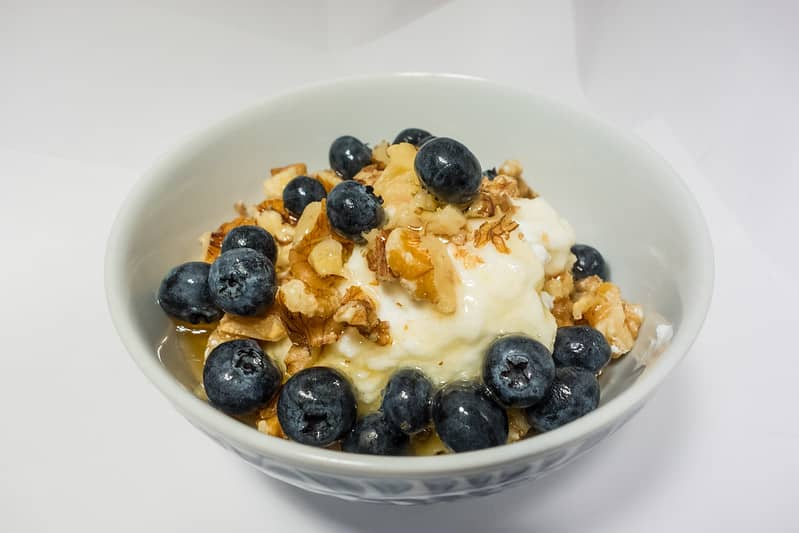 Greek Yogurt: Top kickboxing food to eat in the morning before kickboxing